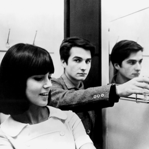 Film still from <em>Masculin Feminin</em>