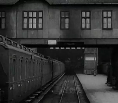 Film still from <em>Berlin-Symphony of a Great City</em>. Image courtesy of Goethe-Institut New Zealand.