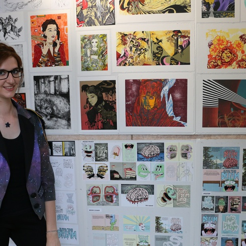 Top Art 2016 Brittany Glassey with her folio