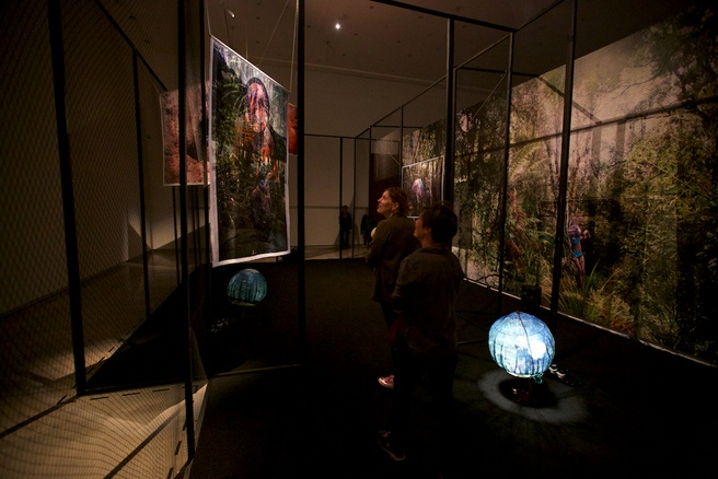 Sergei Tcherepnin <em>Aviary Clones</em> 2018, installation view.