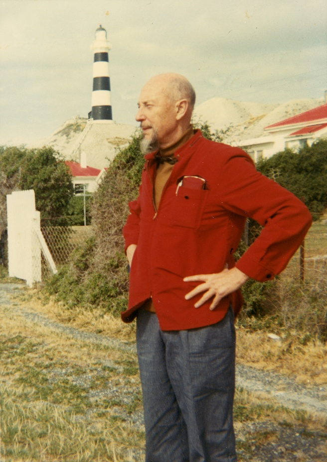 <em>Len Lye at Cape Campbell</em> 1968. Len Lye Foundation Collection, courtesy of Roger and Shirley Horrocks